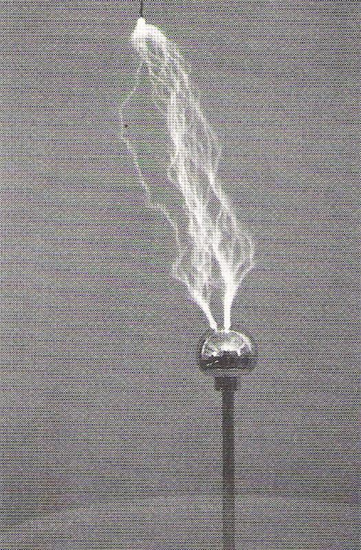 Solid state Tesla coil discharge to grounded object.