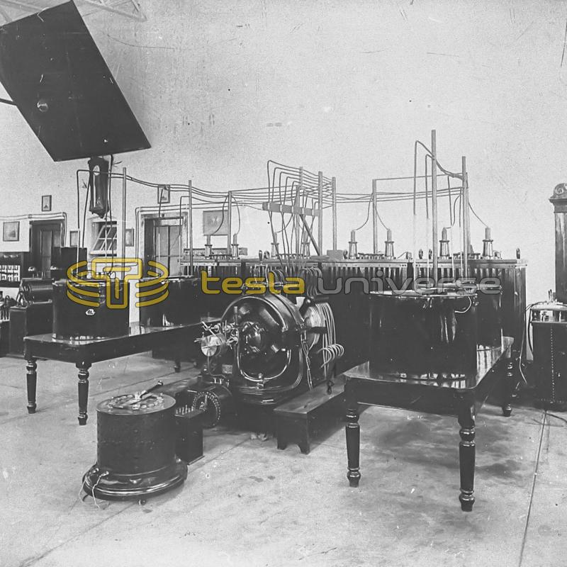 Equipment stored in the experimental area of the Tesla Wardenclyffe lab